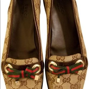 Gucci Moca Tess Monogram Loafers GG 8.5